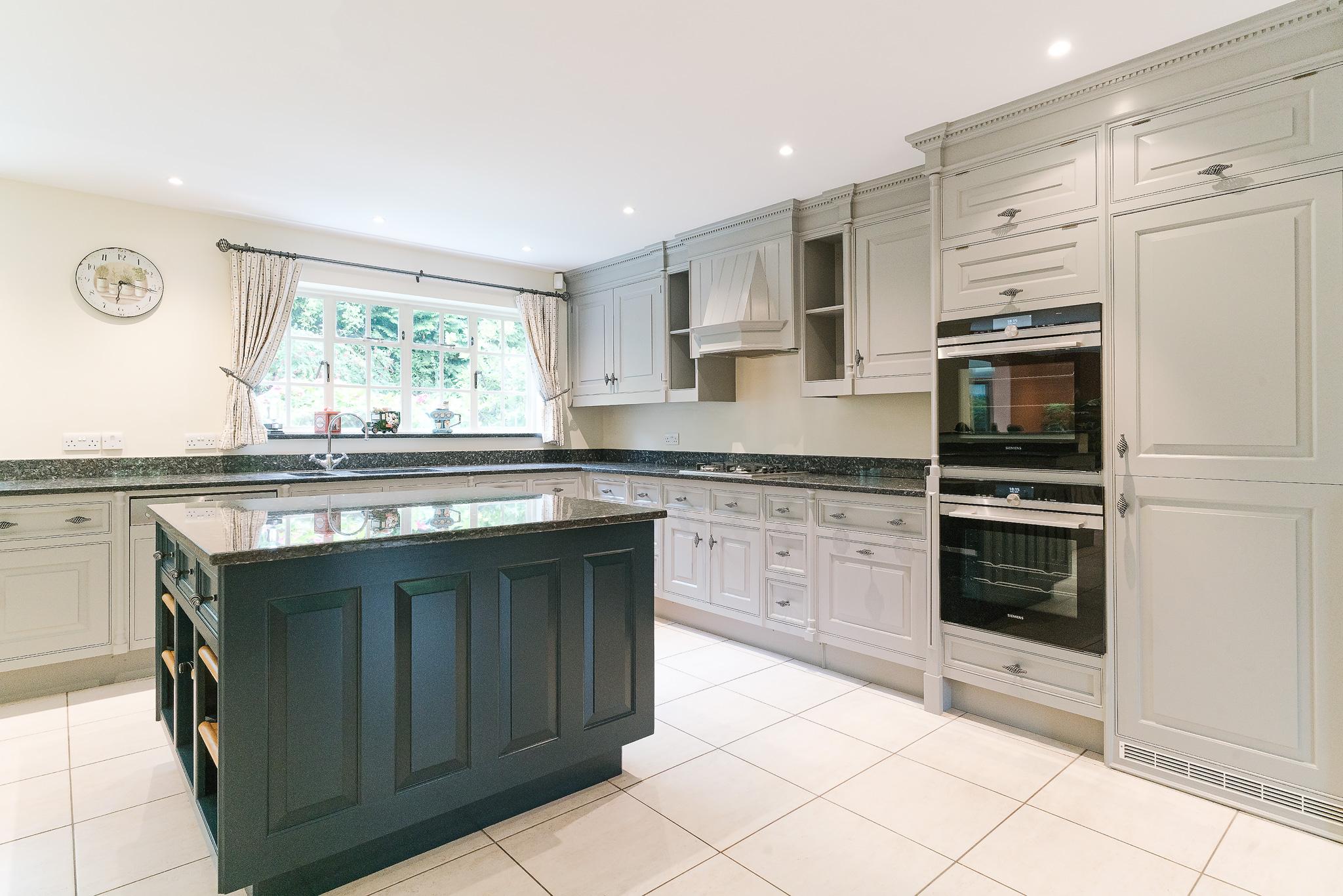 Smallbone Kitchen Cabinet Painters London Highgate | Kevin ...