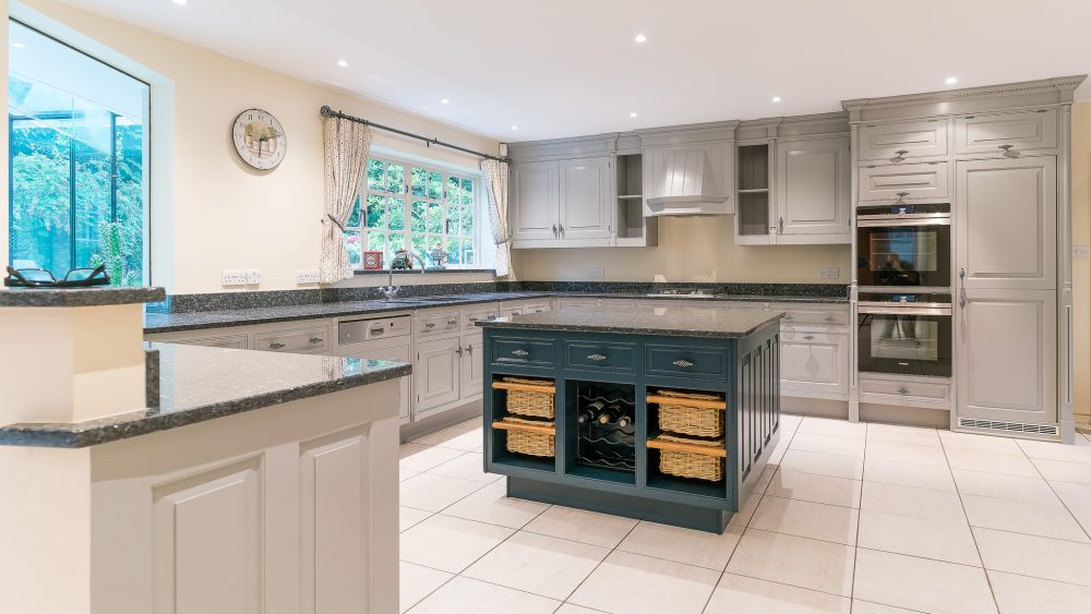 Smallbone Kitchen Cabinet Painters London Highgate